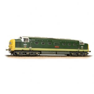 32-533 Class 55 D9001 'St. Paddy' BR Two-Tone Green Full Yellow Ends Weathered